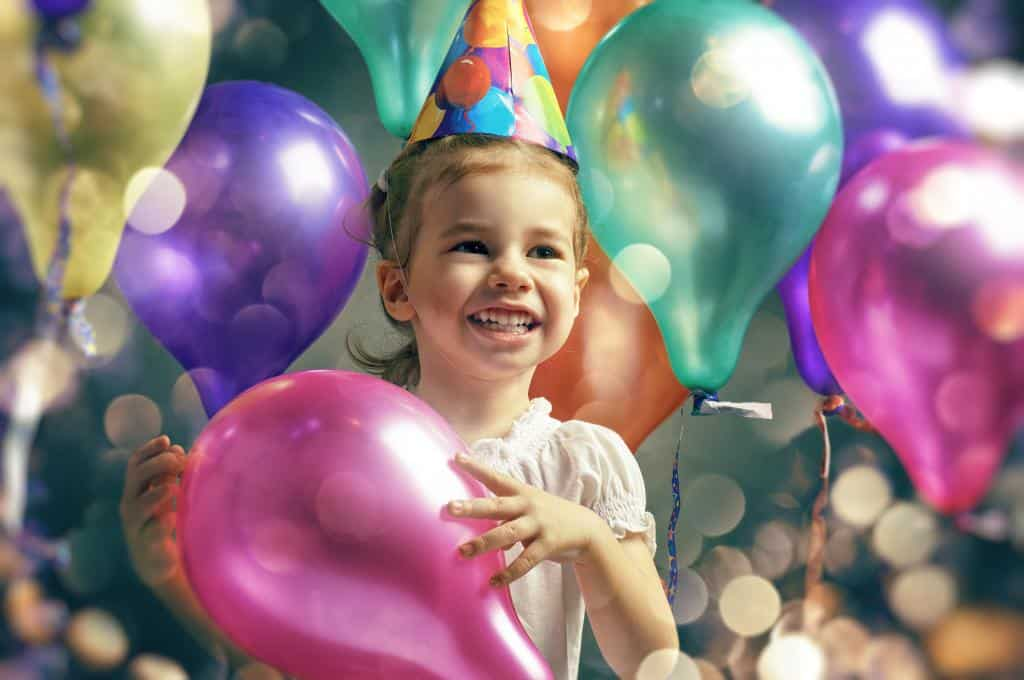 BirthdayTraditions your child will love, ways to make kids feel extra special on their birthday, simple and meaningful birthday, traditions your kid will never forget