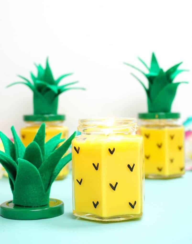 DIY pineapple candle