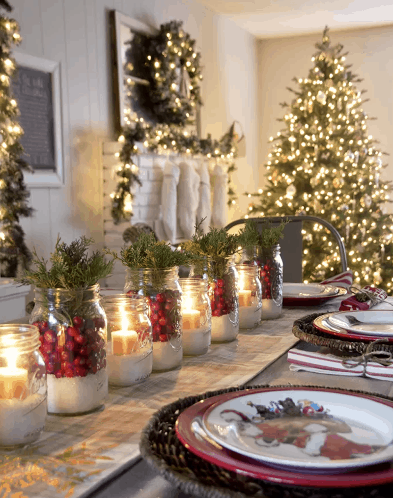 Cranberry Holiday Table Decorations