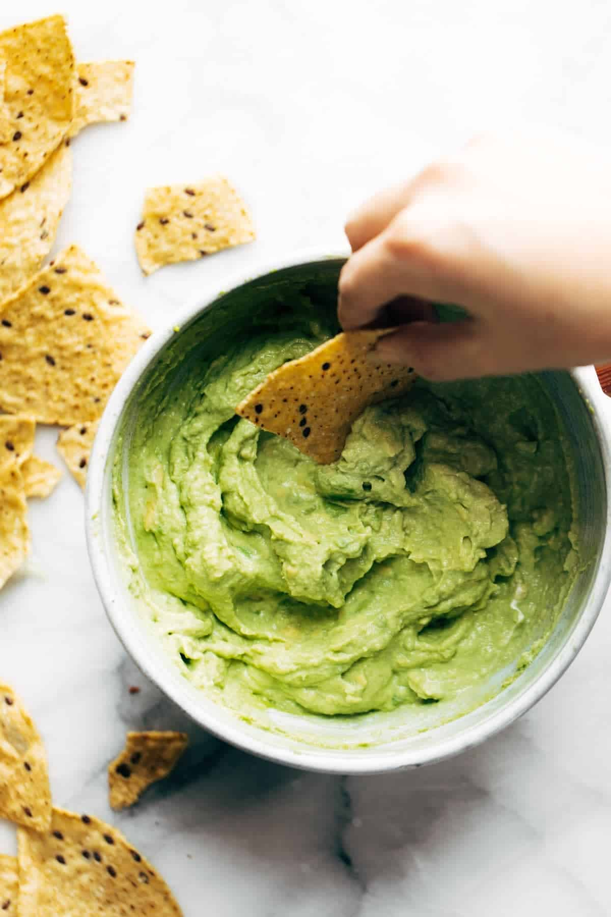 healthy snack ideas, creamy avocado dip
