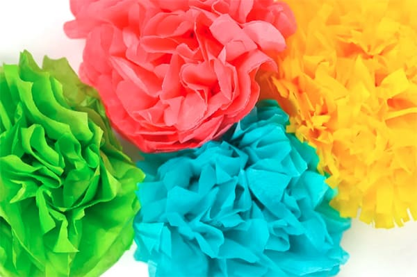 how to make tissue paper flowers at home